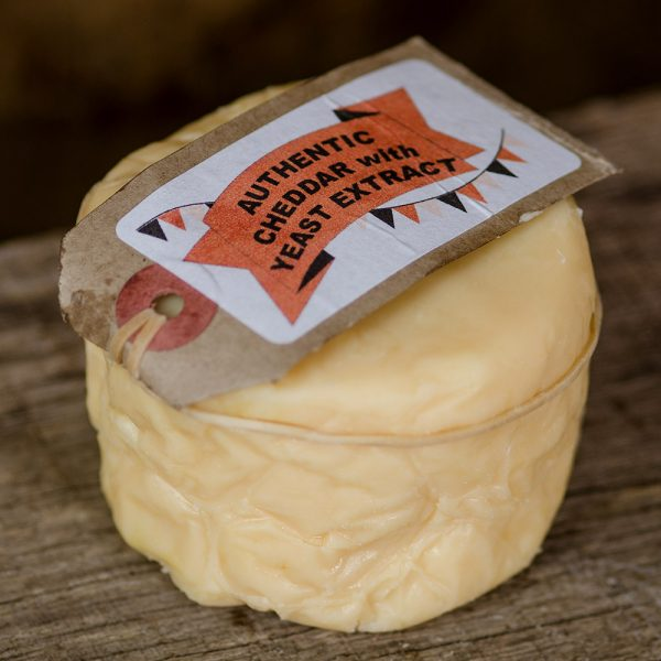 Cheddar Gorge Cheddar with Yeast Extract