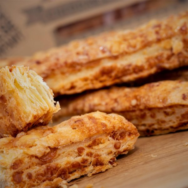 Cheddar Gorge Cheese Straws 3